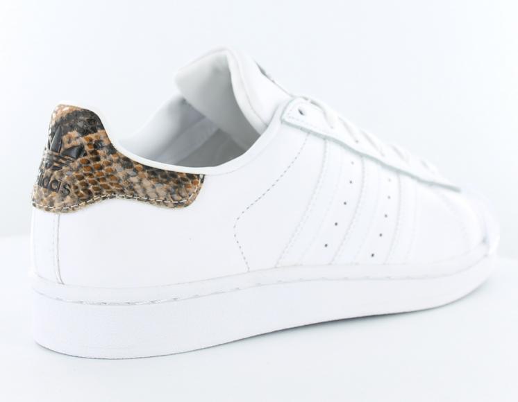 Serpent Daim Gatorade Vente Pas Superstar Chers Adidas Vert q8tqrIEw 3610bc201a8f