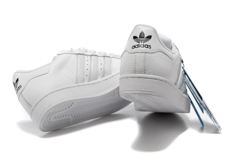 basket adidas noir et rose chaussures pour femme adidas chaussure de marque  pas cher Lhn3 KOvQPv basket pas cher femme adidas 9ab341bc5026